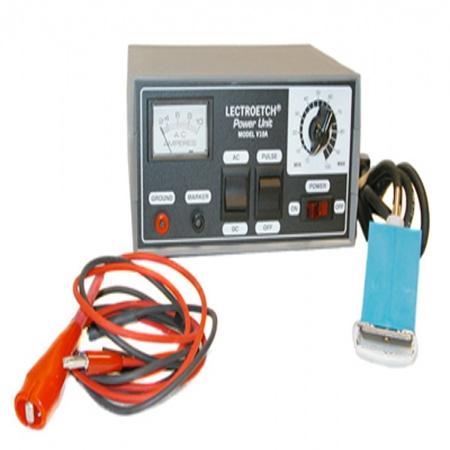 انواع دستگاه حکاکی فلزات الکتروشیمیایی مشخصات فنی دستگاه حکاکی فلزات الکتروشیمیایی 1.امکان کنترل زمان مارک زنی 2.تایمر تمام دیجیتال با دقت دهم ثانیه و سنجش زمان بصورت خودکار 3.خروجی کنترل شده جهت بالا بردن عمر شاولونها 4.کوپلینگ نوری جهت اطمینان از ایمنی صد در صد 5.مصرف انرژی ناچیز 6.عمق حکاکی از ۳ میکرون تا حداکثر ۱۵۰ میکرون (۰۰۳/۰ الی ۱۵/۰ میلیمتر) روش حكاکی و مارک زنی الکتروشیمیایی، یک راه حل منحصر بفرد برای حصول بهترین کیفیت و کمترین هزینه برای مارک زنی دائم و مشخصات فنی، بر روی فلزات می باشد. در این روش از هیچگونه جوهر یا رنگی استفاده نمی شود بلکه نحوه عمل بصورتی است که با استفاده از محلولی خاص و یک شاولون (استنسیل) ازپیش تهیه شده، مقداری از سطح فلز را برداشته و طرح روی شاولون را به فرم دائم بر روی قطعه فلزی حک می نماید. این عمل در زمان کوتاه یک ثانیه انجام پذیرفته و فقط با تغییر یک کلید روی دستگاه می توان طرح مورد نظر را به رنگ سیاه یا همرنگ فلز حک نمود در این روش چون از هیچ گونه استرس مکانیکی از قبیل فشار، ضربه و حرارت استفاده نمی شود بنابراین هیچ گونه تغییری نیز در استانداردهای قطعه صورت نمی پذیرد. عمل حکاکی بدون توجه به سختی فلز بر روی کلیه فلزات اعم از خالص، آلیاژی و یا آبکاری شده با اشکال مختلف از قبیل تخت،مدور، محدب و مقعر قابل انجام می باشد با این روش می توان عدد و حروف درجه بندی، بارکد، طرحهای گرافیکی، آرم و علائم تجاری را بر روی محصولات فلزی حک نمود. دستگاه مذکور از ۵ سال گارانتی و ۱۰ سال خدمات پس از فروش برخوردار می باشد  آدرس: مشهد بزرگراه اسيايي ازادي82 تلفن:  05132403967 - 09920989513 کانال تلگرام : @ForceMachine_ir سايت : www.ForceMachine.ir زمينه فعاليت : طراحي / توليد ماشين آلات و دستگاه هاي صنعت چاپ و بسته بندي ، صنايع غذايي و تجهيزات پخت صنعتي، صنایع غذایی،آرایشی،بهداشتی،پزشکی و صنعت خودرو